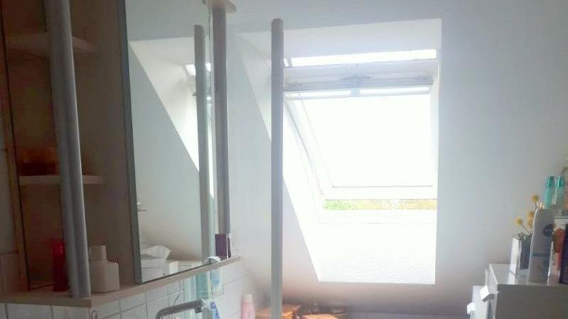 2-Raum-Wohnung, die über das Treppenhaus