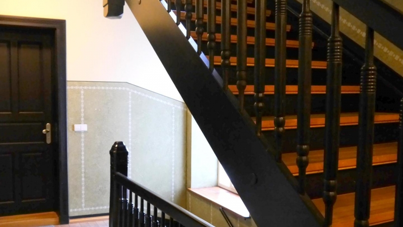 Aufwendig renoviertes Treppenhaus
