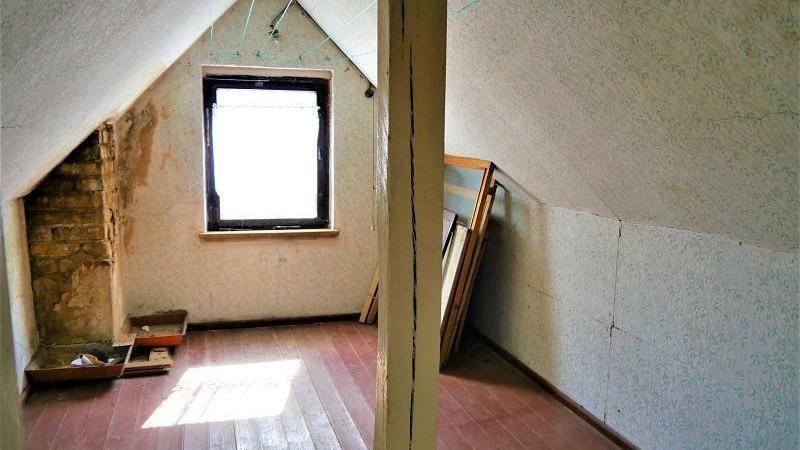 nebst ca. 40 m² Ausbaureserve im Dachgeschoss.