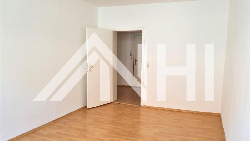 drei hübsche 2-Raum-Wohnungen
