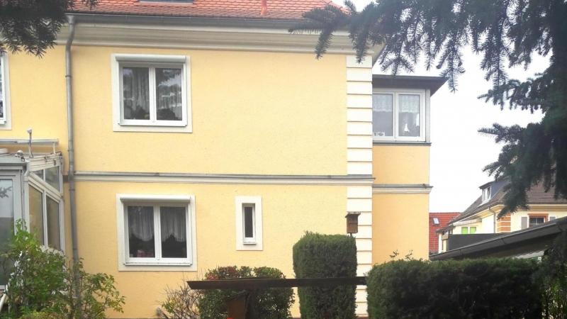 mit 5 Zimmern auf einer Wohnfläche von ca. 120 m²,