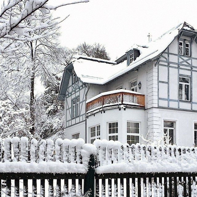 s_nachhause-immobilien-jugendstil-villa-ba4935ecb36518391a49c6365ee5b699b7bfec60_gr News